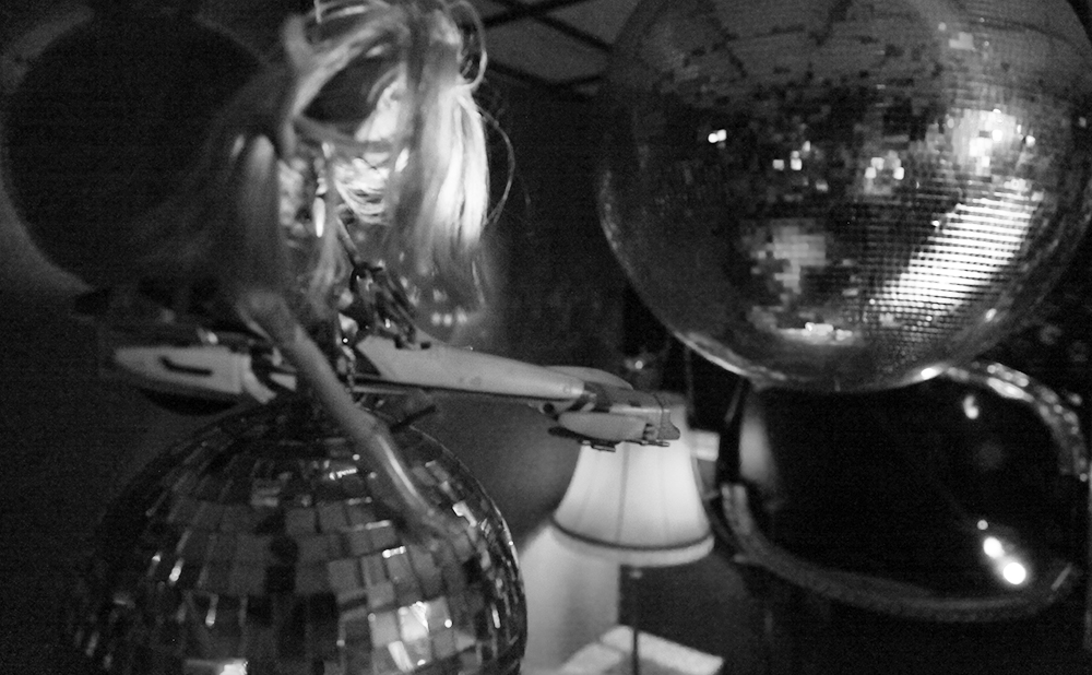 Stills II – Disco.Trash